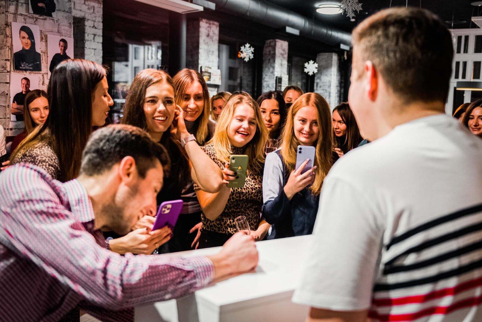 Корпоратив на Новый год под ключ заказать Киев
