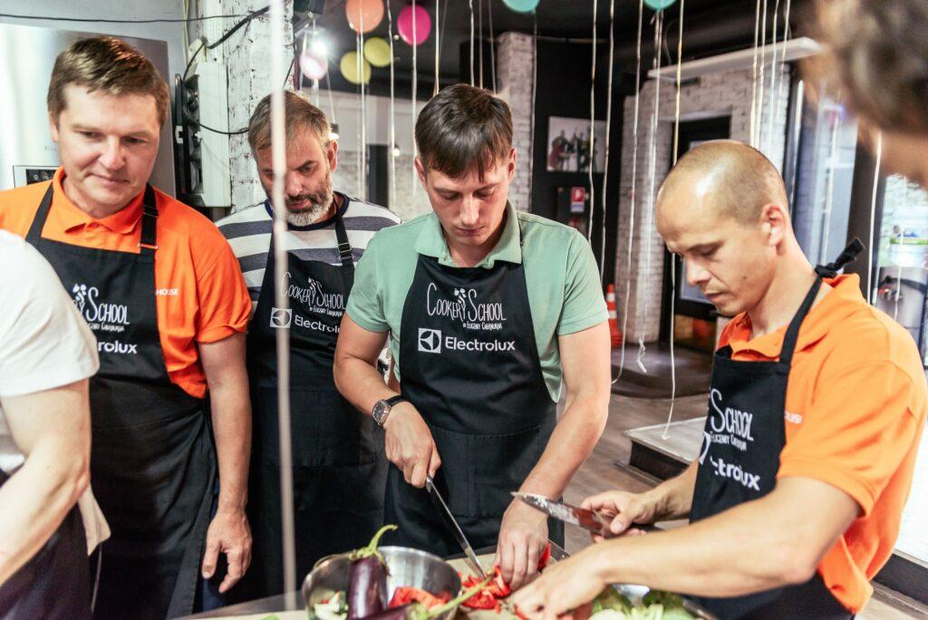 Мальчишник на День Рождения заказать кулинарный мастер-класс